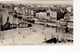 Dunkerque Le Bassin Du Commerce ( Bateau Feu ... Quai De La Citadelle , écluse - Dunkerque