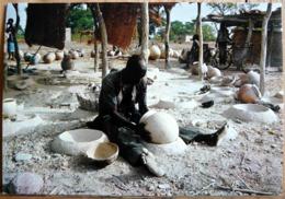 HAUTE VOLTA DADIGA AU SUD OUEST DE OUAGADOUGOU ATELIER DE POTIERS - Burkina Faso