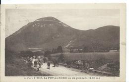 LE  PUY DE DOME       (  63 )   VU DU PIED - Frankrijk
