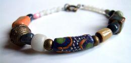 Bracelet Artisanal, Bijou De Créateur, Perle Ancienne Du Mali, Boho-chic, Pierre Des Andes, Bracelet Pierre, Dumortièrit - Bracelets