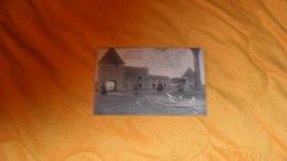 CARTE POSTALE ANCIENNE CIRCULEE DE 1917. ./ ENVIRONS DE LUNEVILLE..LA FERME DE LA ROCHELLE APRES LE BOMBARDEMENT.. - Luneville