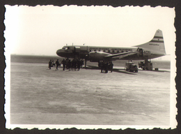 DUBROVNIK Airport Airplane 2 Old Photos 9x6 Cm #28500 - Anonymous Persons