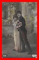 CPA FANTAISIES. Couple D'amoureux, Militaire, Fleurs...J404 - Coppie