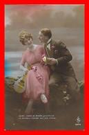 CPA FANTAISIES.  Couple D'amoureux, Belle Femme Robe Mousseline Et Banjo...J406 - Couples