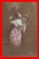CPA FANTAISIES.  Couple D'amoureux, Belle Femme Robe Mousseline Et Collier...J407 - Couples
