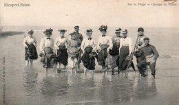 Nieuport-bains  Sur La Plage  Animée Circulé En 1905 - Nieuwpoort