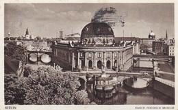 AK Berlin - Kaiser Friedrich Museum - Werbestempel Internationale Rennwochen Braunes Band 1941 (42862) - Mitte