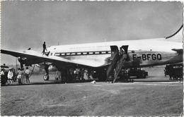 Avion De Ligne Douglas DC4 - Compagnie Union Aéromaritime De Transport (UAT - U.A.T.en Escale à Bangui) 1957 - 1946-....: Modern Era