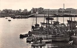 ¤¤    -   GAVRES   -  Les Sardiniers , Au Fond Le Débarcadère  -   Bateaux De Pêche     -  ¤¤ - Francia