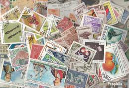 Madagaskar Briefmarken-800 Verschiedene Marken - Madagaskar (1960-...)
