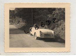 PHOTO - VIEILLE AUTOMOBILE - CABRIOLET SIMCA - Type 90 G  - 1956 - Vue De L'arrière Du Véhicule - Cars