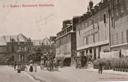Cpa 12 RODEZ Boulevard Gambetta , Animée, Hôtel BINEY Omnibus Hippomobile De L'Hôtel Vers Les Trains, Dos Simple, Vierge - Rodez