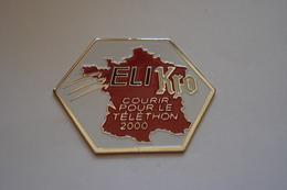 20190807-3198 BIERE KRONENBOURB – ELI KRO – COURIR POUR LE TELETHON 2000 - Cerveza