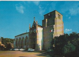MONCOUTANT. - L'Eglise.  Voitures Années 60 - Moncoutant