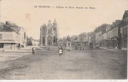 27 - LE NEUBOURG - L' Eglise Et Place Dupont De L' Eure - Le Neubourg