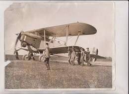 FAR EAST FLYERS OIL TROUBLE INDIA MARTLESHAM SUFFOLK CRANWELL AERODROME HAWKER  25*20CM Fonds Victor FORBIN 1864-1947 - Aviación