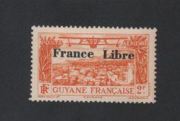 Faux Timbre De La Guyane Poste Aérienne Surchargés FRANCE LIBRE N° 14 2 F Gomme Charnière - Guyane Française (1886-1949)