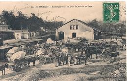 Cpa 79 St Maixent  Embarquement Jour De Marché En Gare - Saint Maixent L'Ecole