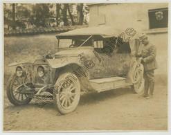 Guerre De 1914-18 . Verdun 1916 . Automobile Criblée D'éclats D'obus . - Guerra, Militari