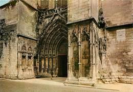 Dép 17 - Saintes - Portail De La Cathédrale Saint Pierre - Semi Moderne Grand Format - état - Saintes