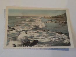CPSM  SAINT BREVIN L OCEAN  EFFETS DE VAGUES SUR LA PLAGE  VOYAGEE NON TIMBREE - Saint-Brevin-l'Océan