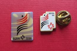 2 Pin's,Sport,GYMNASTIQUE,Bern 1996,Suisse - Gymnastique