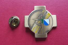 Pin's,Sport,GYMNASTIQUE,KANT.MÄDCHENRIEGENTAG ZÜRICH 1998,Suisse - Gymnastique