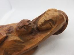 320 - Statuette En Bois D'olivier - Vierge Marie Et Enfant Jésus - Wood