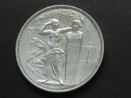 Médaille En Bronze - UNION ES INDUSTRIES CHIMIQUES   **** EN ACHAT IMMEDIAT **** - Professionnels / De Société