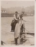 YACHTING MISHAP CREW KINGFISHER  THAMES YACHTING CLUB SURBITON 20*15CM Fonds Victor FORBIN 1864-1947 - Barcos