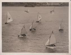 POPULAR HARBOR SPORT RACING 12 FT SYDNEY HARBOR AUSTRALIA   21*16CM Fonds Victor FORBIN 1864-1947 - Barcos