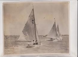 YACHT RACING AT NATAL DURBAN NATAL  25*20CM Fonds Victor FORBIN 1864-1947 - Barcos