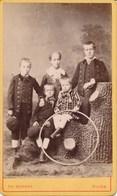 CDV - Photographie Portraits D'enfants Avec Cerceau Par Théodore SCHAHL à Dijon (Ca 1885) - Photos