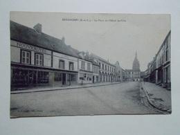 Carte Postale - SENONCHES (28) - La Place De L'Hôtel De Ville (2995) - France
