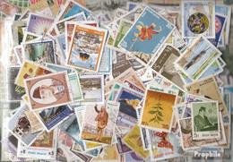 Nepal Briefmarken-1.000 Verschiedene Marken - Nepal