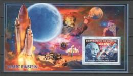 Guinee 2006 Mi Block 990 MNH ALBERT EINSTEIN - SATELLITE - Albert Einstein