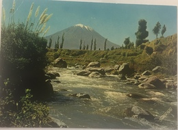 (628) Peru - Arequipa - River Chili And Misti (19.102 Ft.) - Pérou