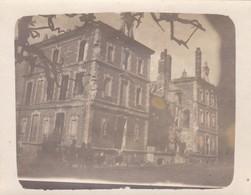 02 LE CHARMEL. GUERRE 1914-18. 3 PHOTOS  INCENDIE DU CHÂTEAU  EN 1918 - War 1914-18