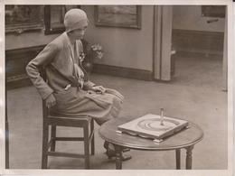 ROYAL PORTRAIT FROM DAUBS LONDON ART GALLERY ANAMORPHOSIS KING MR LINDSEY  20*15CM Fonds Victor FORBIN 1864-1947 - Fotos