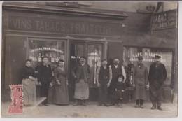 """CARTE PHOTO D'UN CAFE """" MAISON SOUBRIER """" : VINS - TABAC - TRAITEUR - BILLARD - JARDIN - JEUX - ECRITE 1907 - 2 SCANS - - Cartes Postales"""