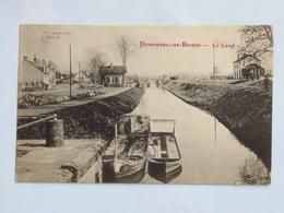 C. P. A. : 03 DOMPIERRE SUR BESBRE : Le Canal,  Gare, Wagon Et 2 Bateaux - France