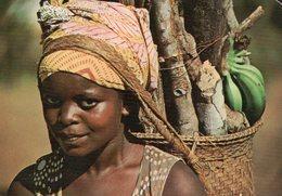 Gabon - Jeune Femme Revenant De Sa Plantation (beau Timbre) - Gabon