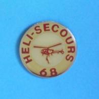 1 PIN'S //  ** ASSOCIATION / HELI SECOURS 68 / MULHOUSE ** - Avions
