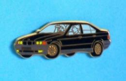 1 PIN'S //  ** BMW SÉRIES 3 ** . (Arthus Bertrand Paris) - BMW