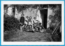 """PHOTO Photographie """"A La Campagne"""" Enfants Sur Une Moto - Photographs"""