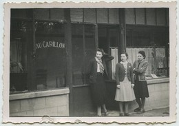 """Snapshot. Le Célèbre Magasin """" Au Carillon """". Boutique. Commerce. - Foto"""