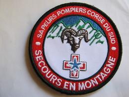ECUSSON SAPEURS POMPIERS DE CORSE DU SUD SECOURS EN MONTAGNE  ETAT EXCELLENT SUR VELCROS - Bombero
