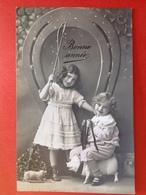 1913 - BONNE ANNEE - ENFANTS DOMPTEURS DE COCHONS - KINDEREN TEMMEN DE VARKENS - Cochons