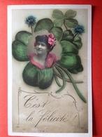 1910 - C'EST LA FELICITE - VROUWENHOOFD IN KLAVERTJE 4 - TETE DE FEMME DANS UNE TREFLE - Holidays & Celebrations