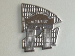 Pin's ATELIER D ARCHITECTURE COLIBERT - Pin's